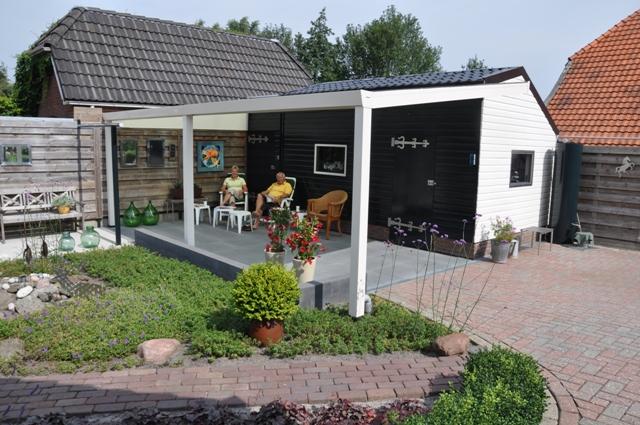 Overkapping inclusief tuinhuis